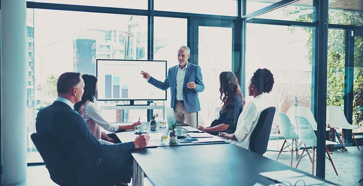 Quality business requires a clear strategy, an effective behavioural analytics of (potential) customers, and innovative approaches to stay in touch with them. Photo: iStock