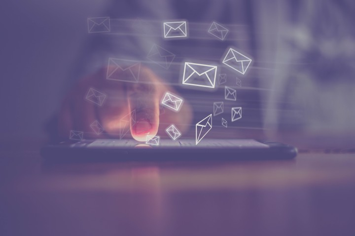 Consistent design of an email message, in particular the email signature as a digital identity of the sender, is today considered a minimum requirement of written business communication. Photo: iStock