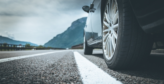 Automotive industry use case: AdSigner in the multidivisional industry
