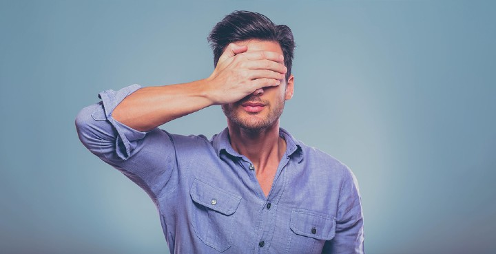 Due to banner blindness about 44% of your advertising budget gets lost. Photo: iStock