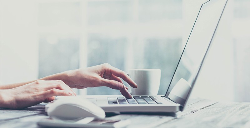 Professional email signature is a key to success. Photo: iStock