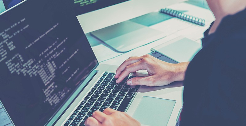 No coding. Just an easy-to-use e-mail signature generator with user-friendly experience platform. Photo: iStock