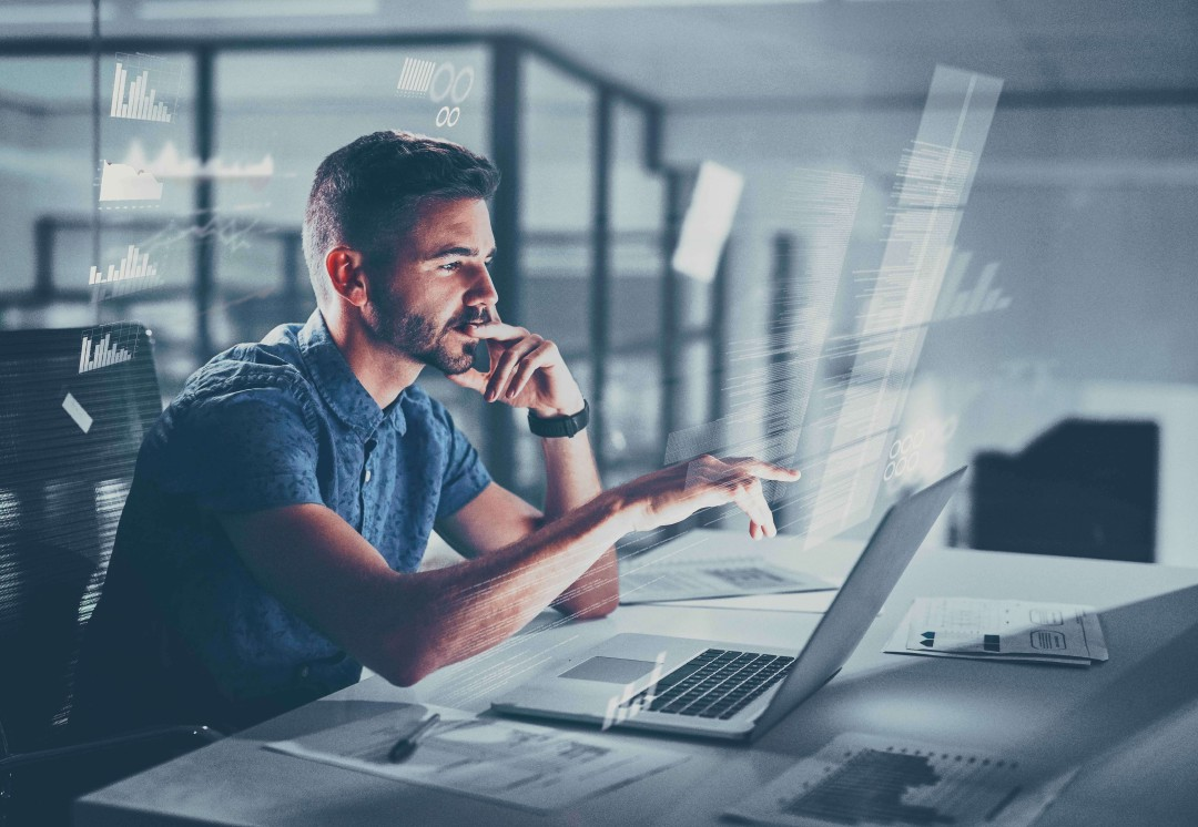 AdSigner allows fast data import for any number of users through the CSV file has been joined by the full integration with G-Suite and Azure Active Directory. Photo: iStock
