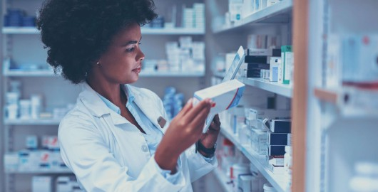 Online drugstore use case: Grow sales of your online and offline store